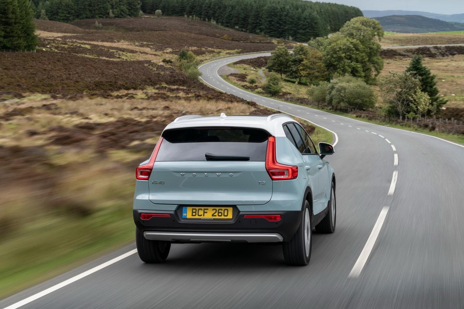 """Volvo XC40 2020 facelift trình làng với danh mục """"đồ chơi"""" phong phú a7"""