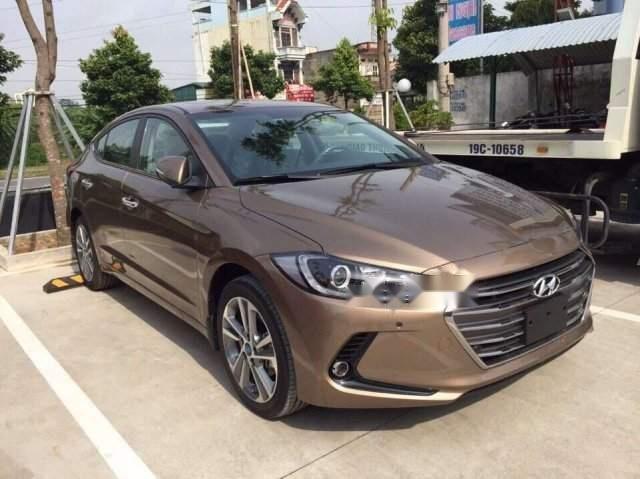 Bán Hyundai Elantra đời 2019 giá cạnh tranh (2)