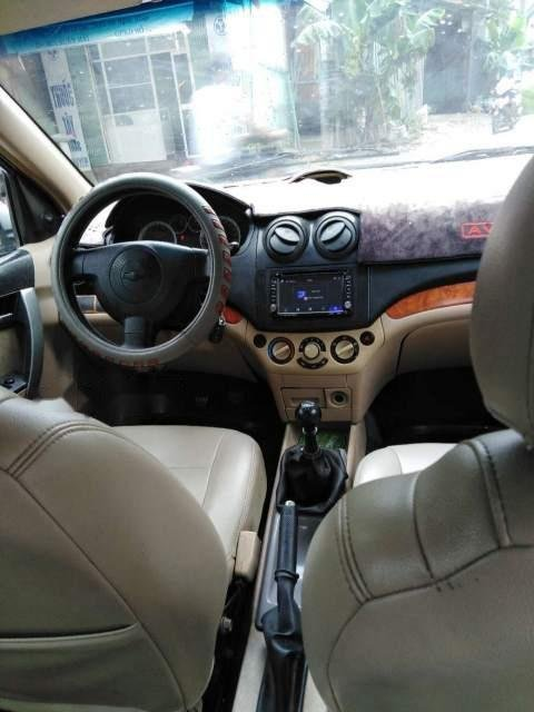Cần bán lại xe Chevrolet Aveo đời 2012, màu bạc còn mới (3)