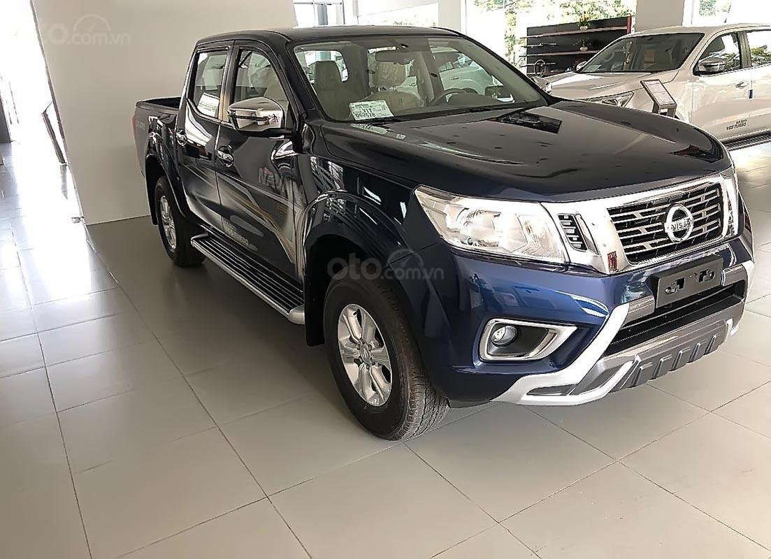 Bán ô tô Nissan Navara EL Premium R sản xuất 2019, màu xanh lam -0