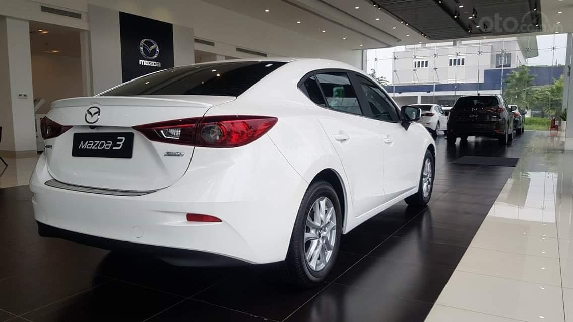 Cần bán Mazda 3 2019 giá chỉ từ 649 triệu, hỗ trợ mua trả góp 85%, tặng bộ phụ kiện chính hãng (2)