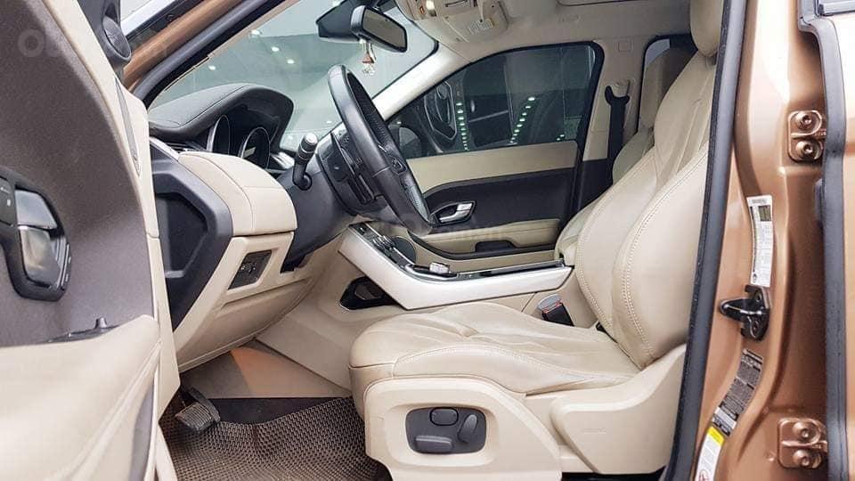Bán Range Rover Evoque màu vàng, nội thất kem bản full option, xe sản xuất 2014 (9)