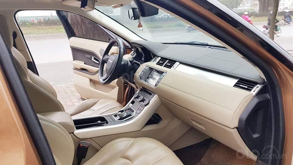 Bán Range Rover Evoque màu vàng, nội thất kem bản full option, xe sản xuất 2014 (6)
