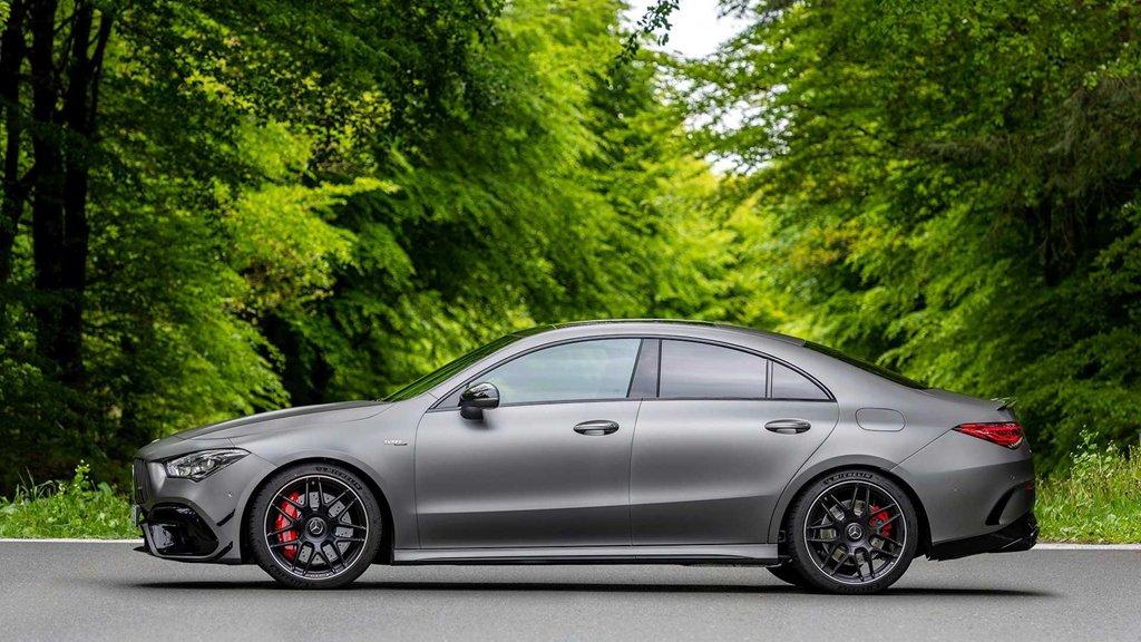 Bộ đôi Mercedes-AMG CLA 45 và A 45 2020 ra mắt tại Goodwood Festival of Speed a4