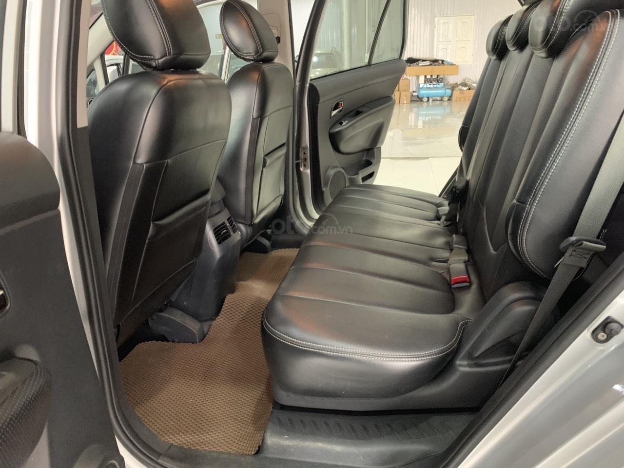 Bán ô tô Kia Carens MT năm sản xuất 2015, màu bạc, giá chỉ 420 triệu (3)