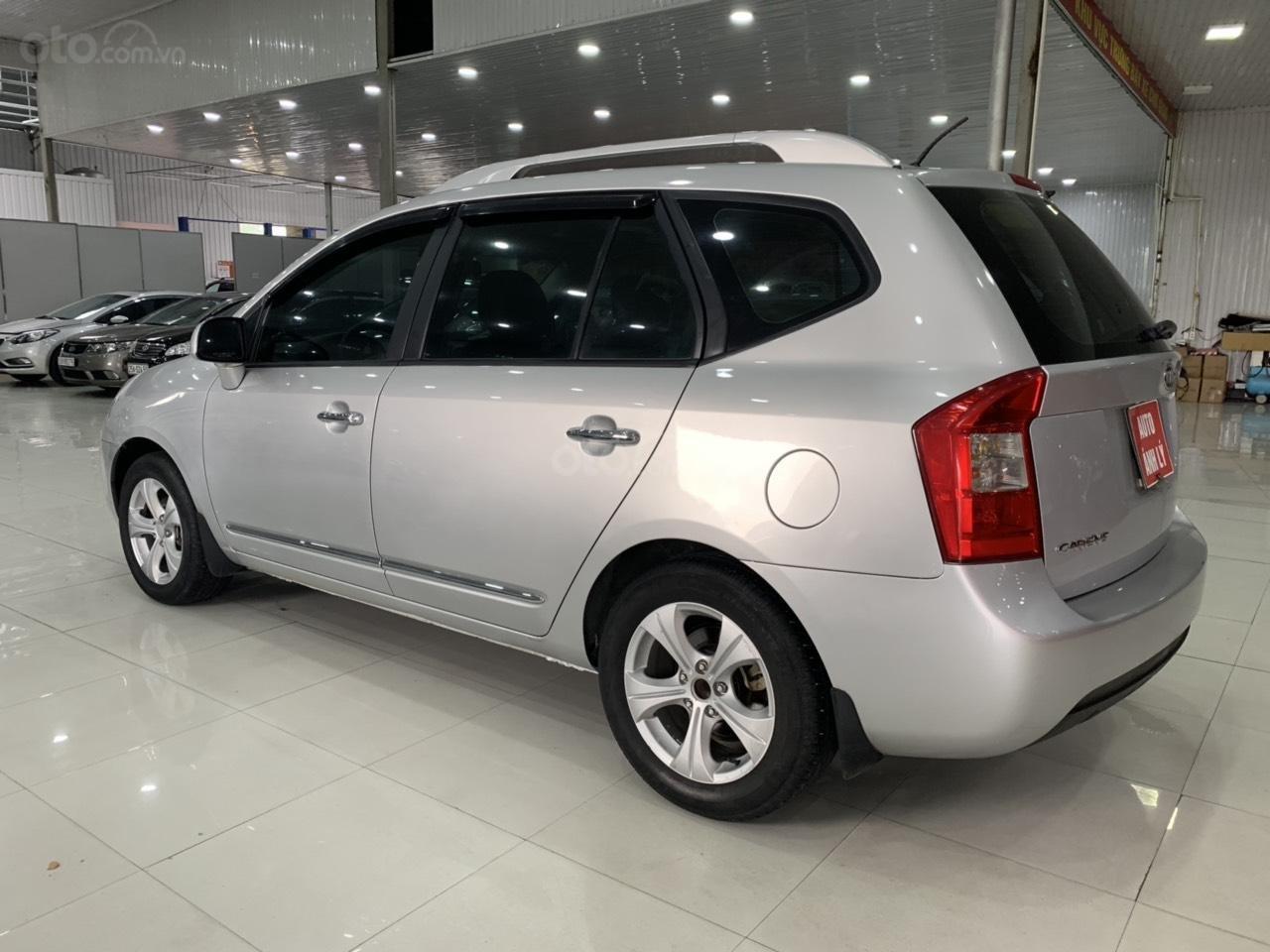 Bán ô tô Kia Carens MT năm sản xuất 2015, màu bạc, giá chỉ 420 triệu (8)