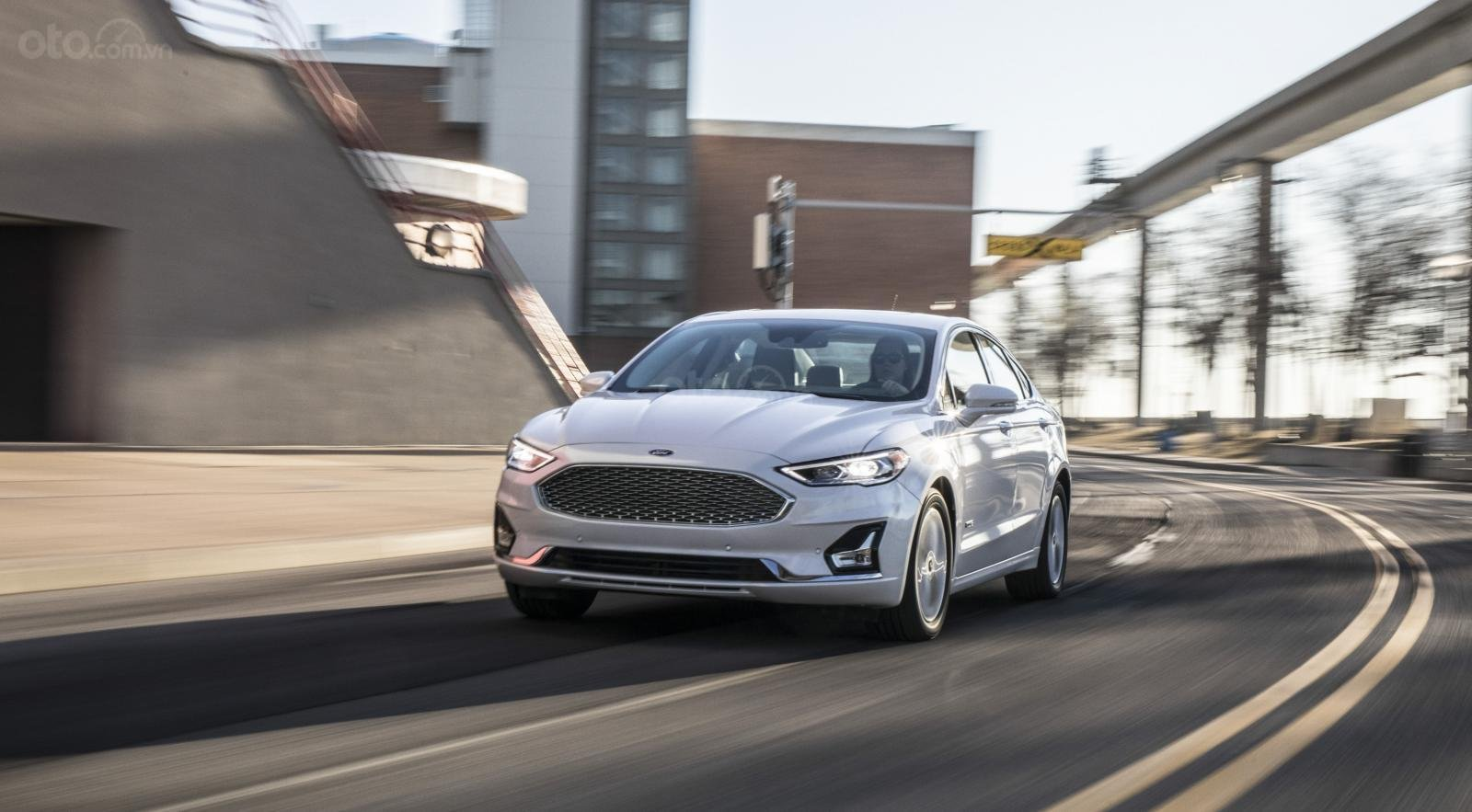 Ưu nhược điểm xe Ford Fusion 2019 - Nhiều điểm bắt mắt