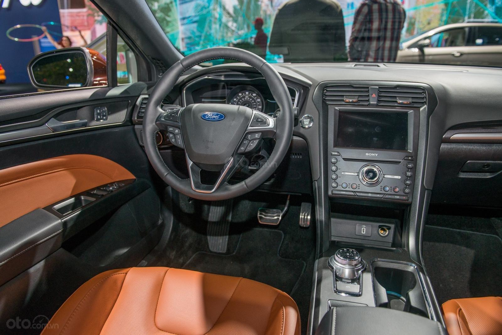 Ưu nhược điểm xe Ford Fusion 2019 - Công nghệ tân tiến