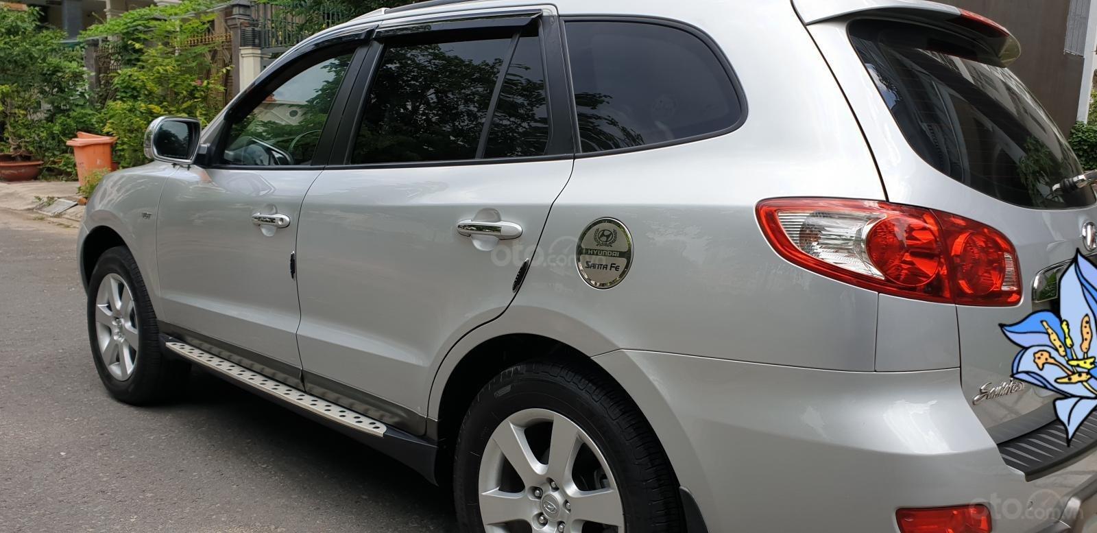 Bán Hyundai Santa Fe SLX 2.0 AT 4×2 2009, máy dầu, số tự động, màu bạc, nhập khẩu, mới 80%-4
