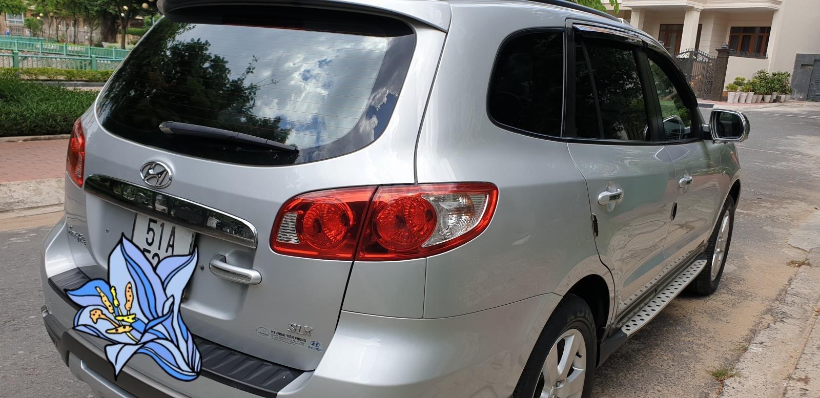 Bán Hyundai Santa Fe SLX 2.0 AT 4×2 2009, máy dầu, số tự động, màu bạc, nhập khẩu, mới 80%-8