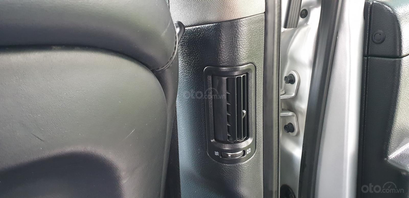 Bán Hyundai Santa Fe SLX 2.0 AT 4×2 2009, máy dầu, số tự động, màu bạc, nhập khẩu, mới 80%-20