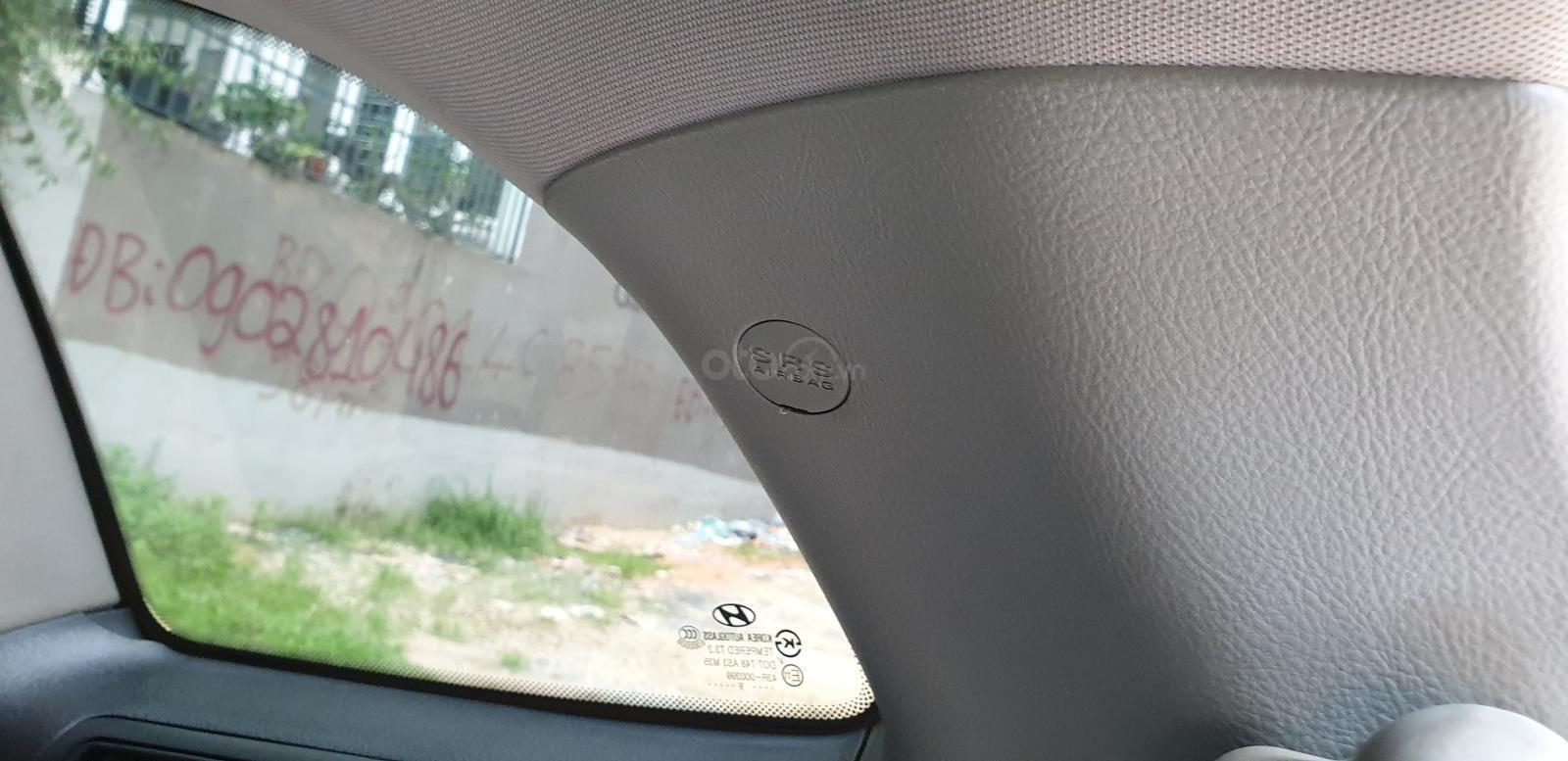 Bán Hyundai Santa Fe SLX 2.0 AT 4×2 2009, máy dầu, số tự động, màu bạc, nhập khẩu, mới 80%-23