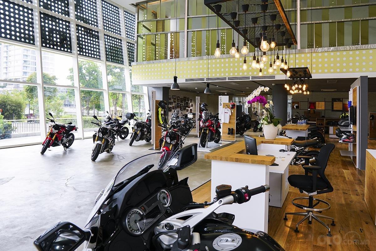 Showroom BMW Motorrad 1