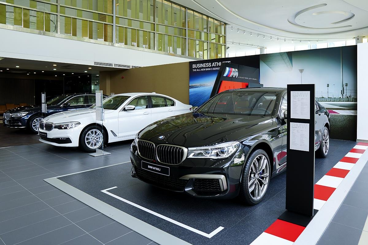 Showroom BMW 2