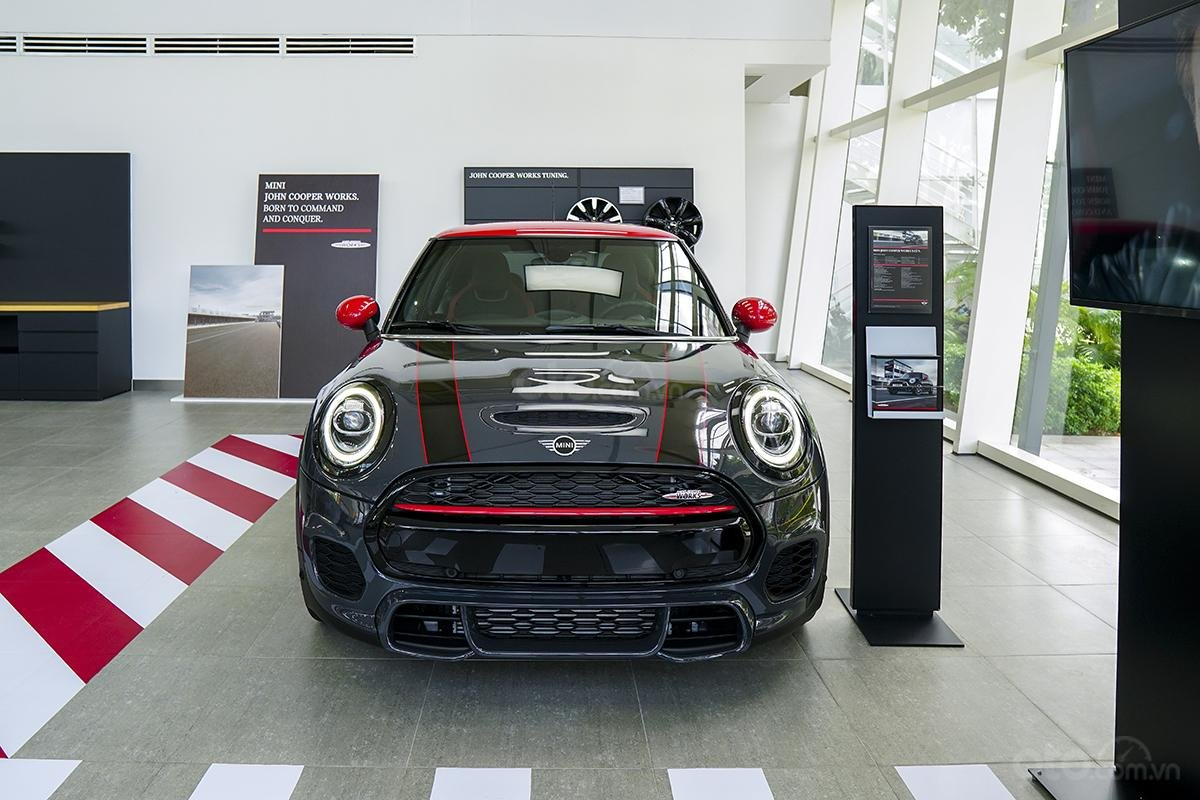 Showroom MINI 3