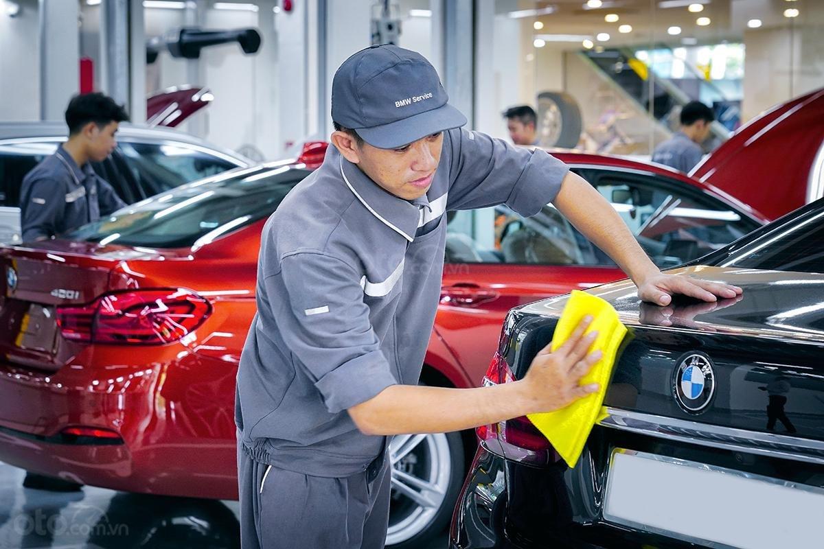 Xưởng dịch vụ BMW 6