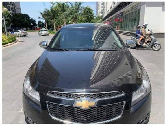 Bán ô tô Chevrolet Cruze năm 2014, số sàn, màu đen sang trọng (4)