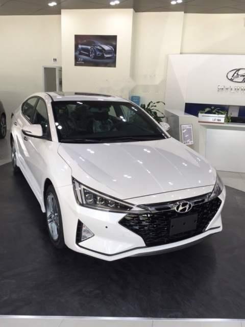 Cần bán Hyundai Elantra đời 2019, giá chỉ 565 triệu (2)