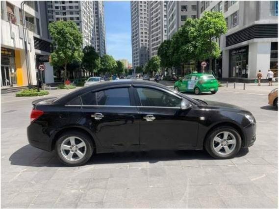 Bán ô tô Chevrolet Cruze năm 2014, số sàn, màu đen sang trọng (3)