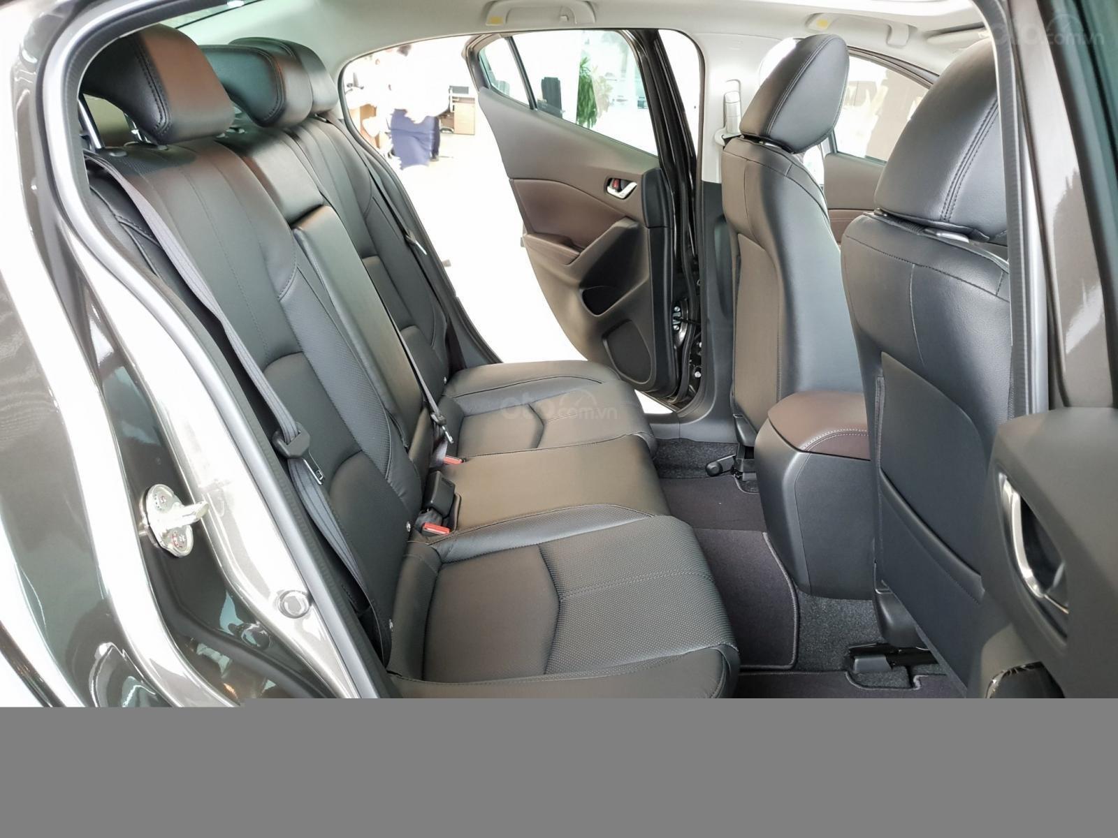 Bán Mazda 3 2019, miễn phí thay nhớt bảo dưỡng 3 năm (8)