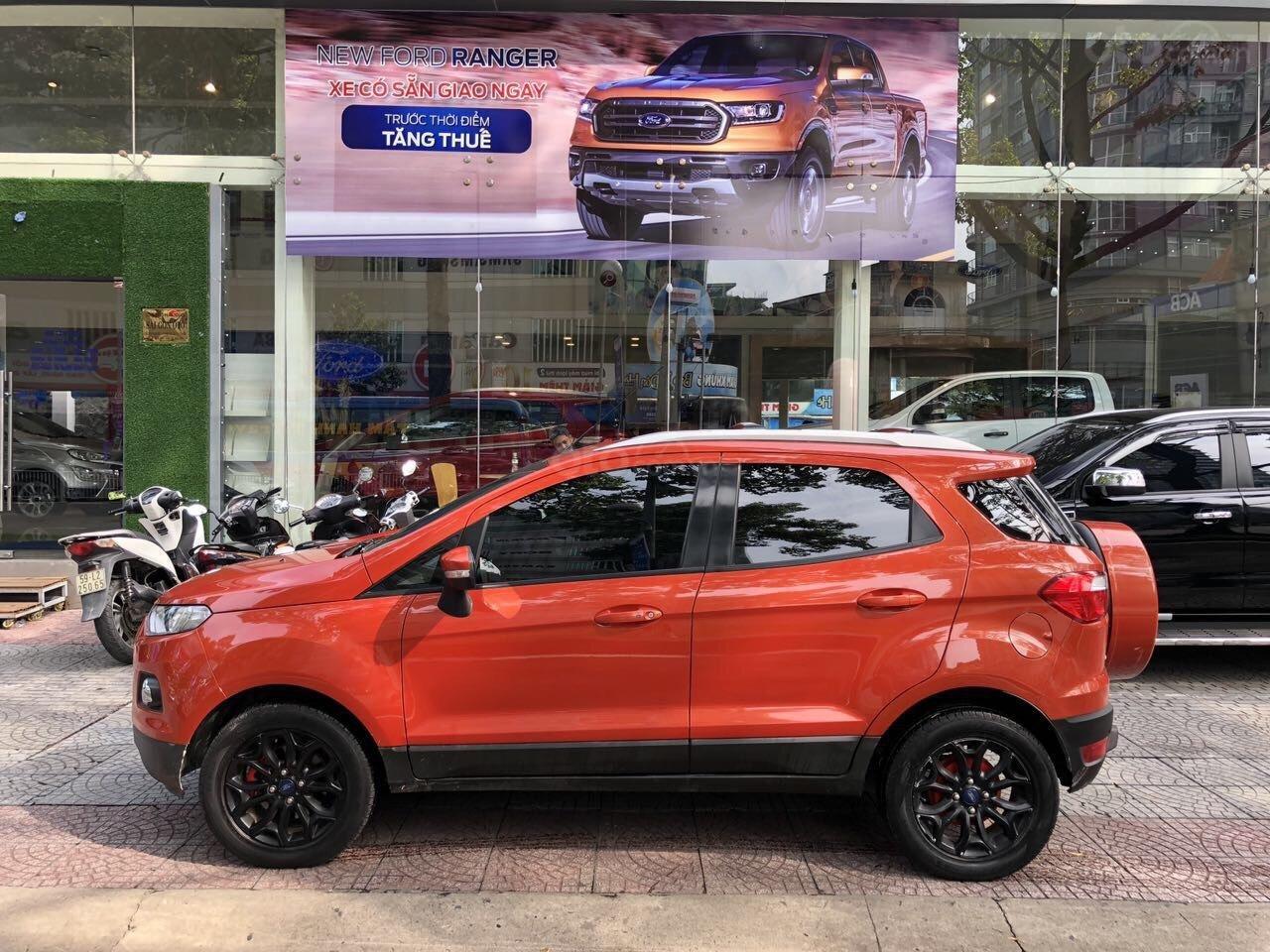 Bán Ford EcoSport Titanium sản xuất 2016, màu cam, xe chính hãng-6