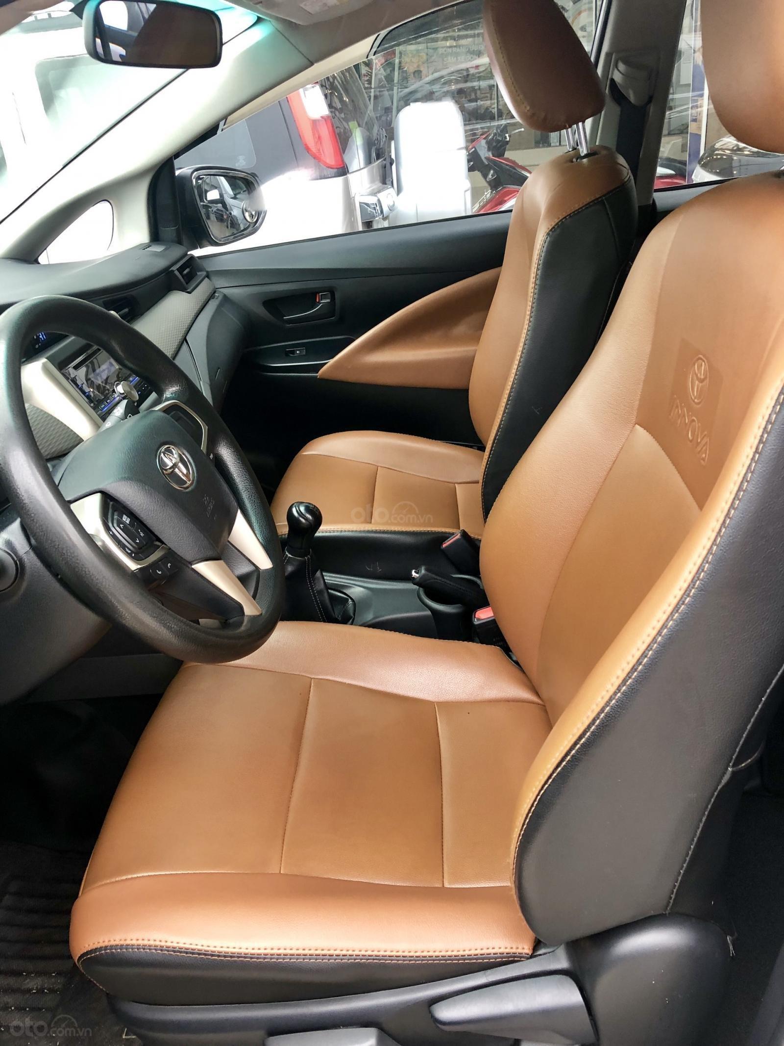Bán Innova MT 2017, xe bán tại hãng Western Ford có bảo hành-5