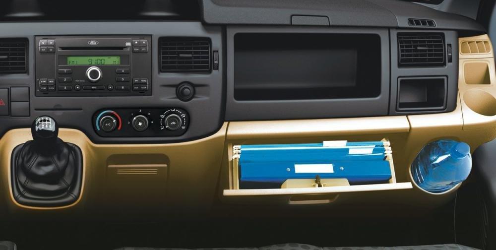 Thông số kỹ thuật xe Ford Transit kèm giá lăn bánh mới nhất 19