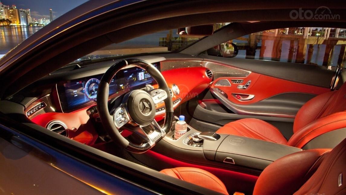 Vô lăng xe Mercedes-AMG S 63 Coupe 2019