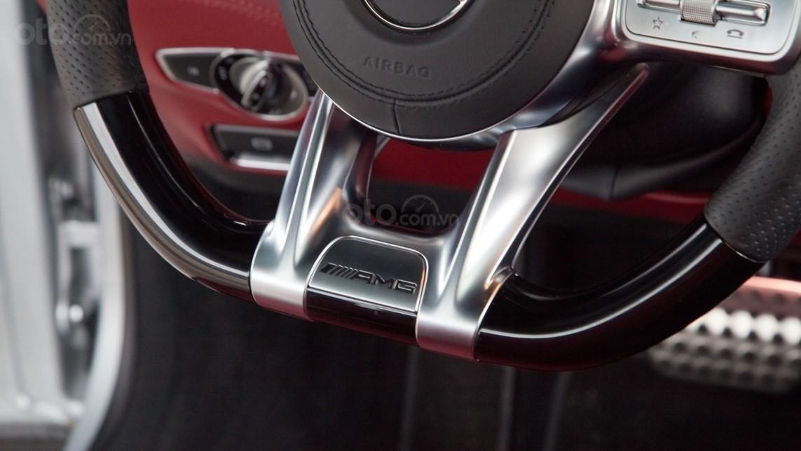 Đánh giá Mercedes-AMG S 63 Coupe 2019 về trang bị tiện nghi,