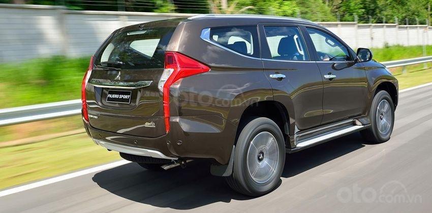 Mitsubishi Pajero Sport 2020 hẹn gặp người dùng cuối tháng này