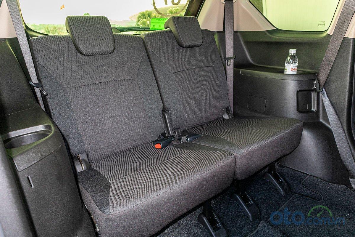 Đánh giá xe Suzuki Ertiga 2019: Hàng ghế thứ 3.