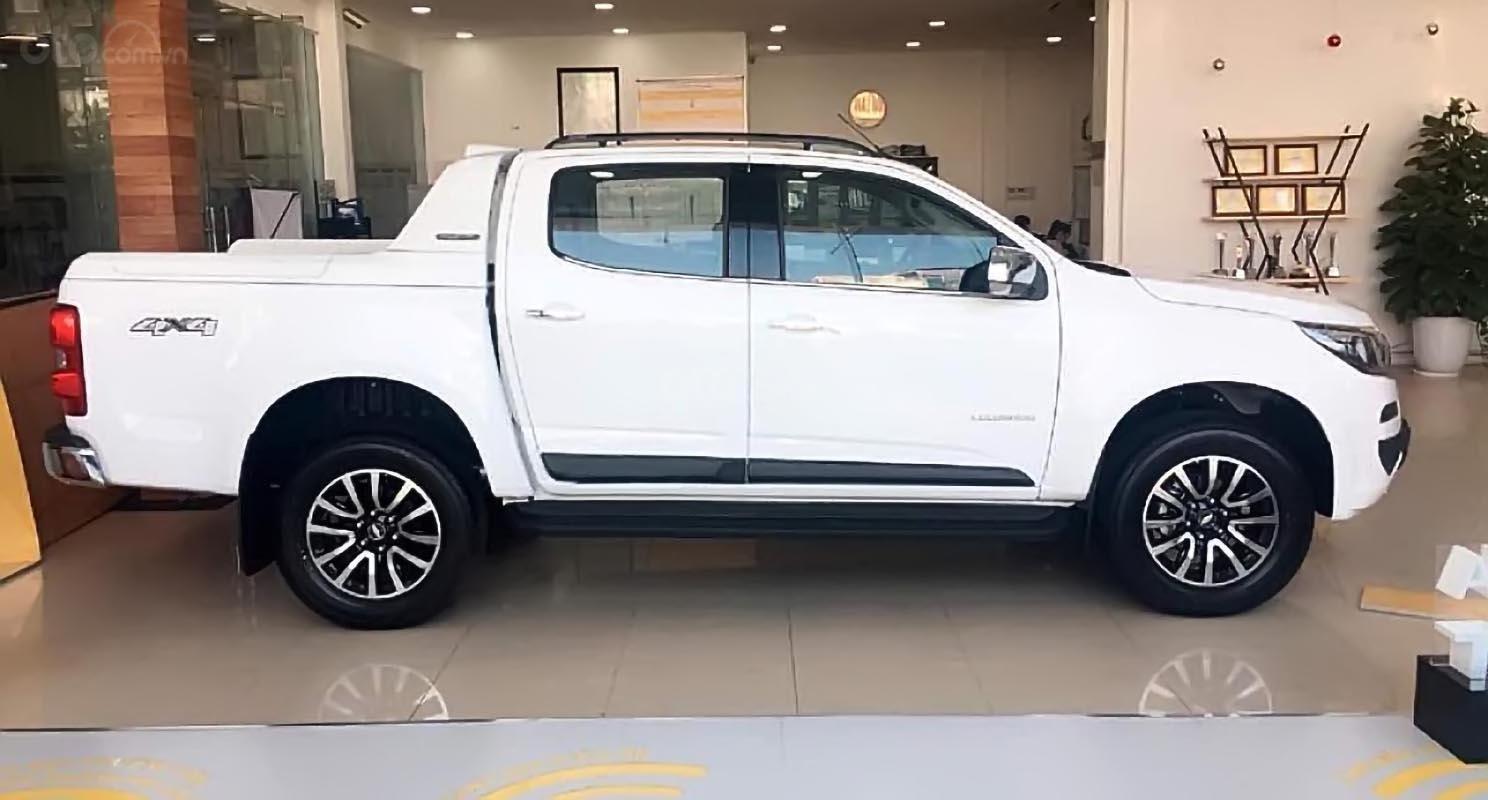 Bán xe Chevrolet Colorado High Country 2.5L 4x4 AT đời 2018, màu trắng, xe nhập (4)
