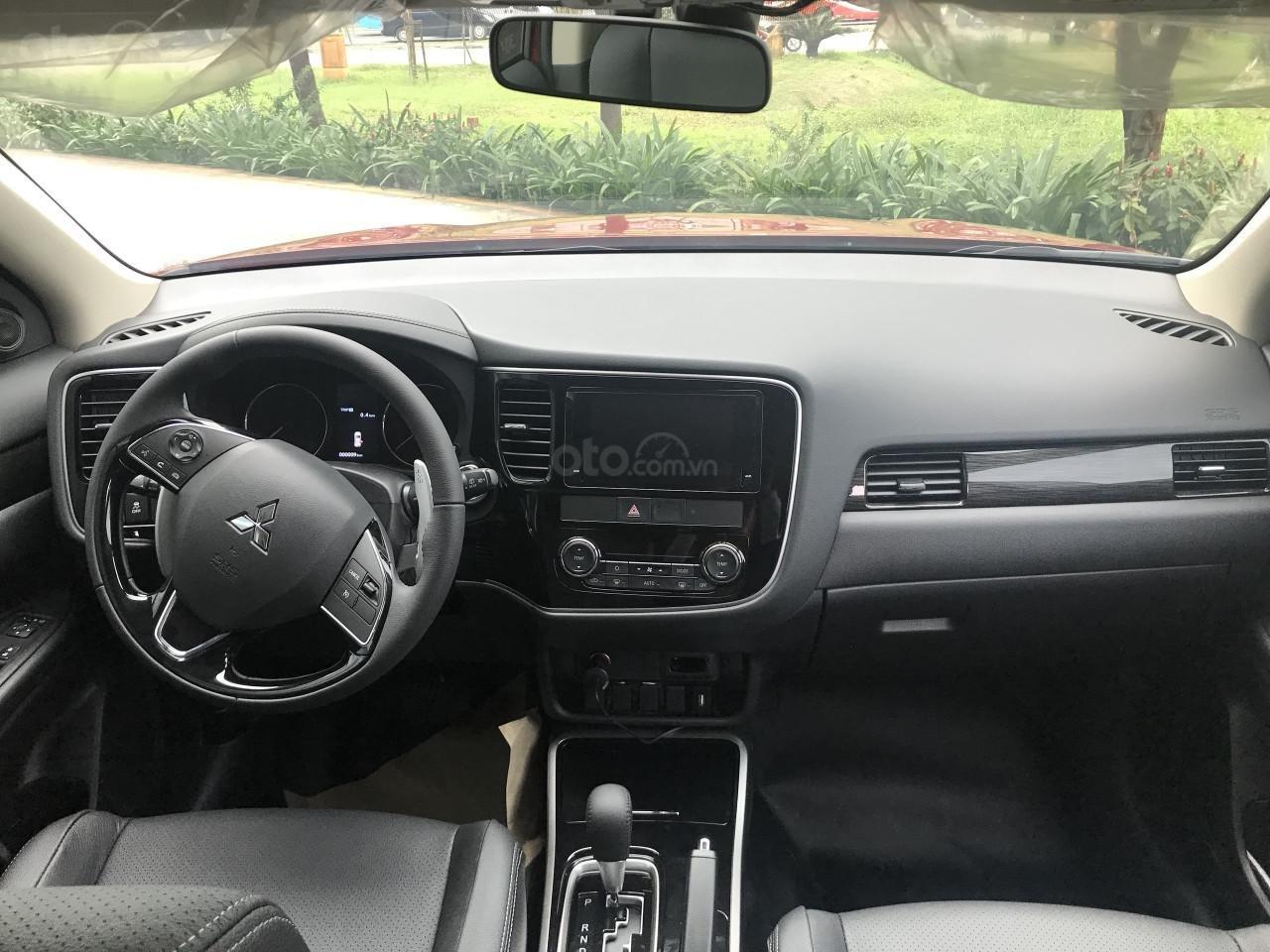 Bán Mitsubishi Outlander 2.0 Pre 2019 - Hỗ trợ vay trả góp (4)