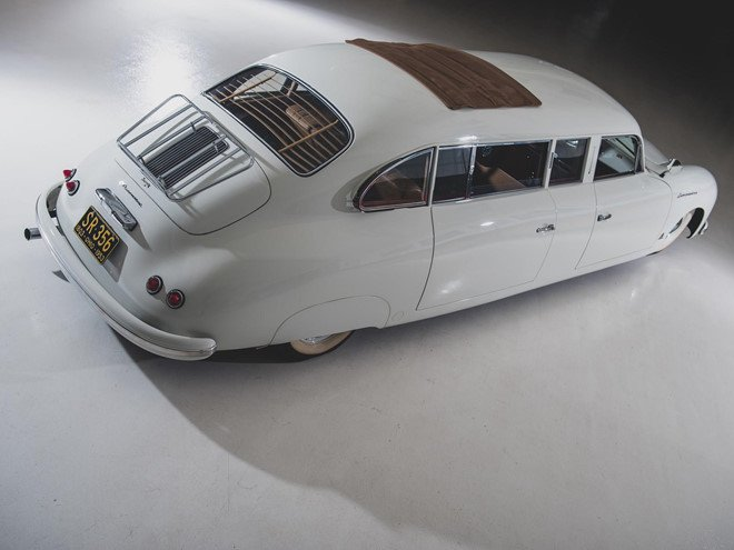 Porsche 356 bản Limousine của nhà sưu tập quá cố được bán đấu giá 2a