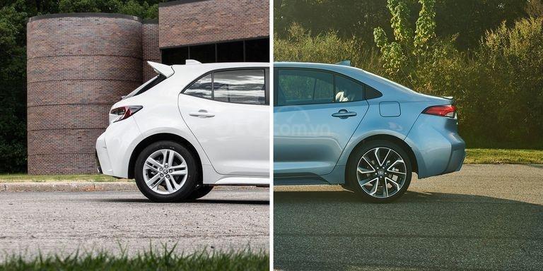 sedan và hatchback