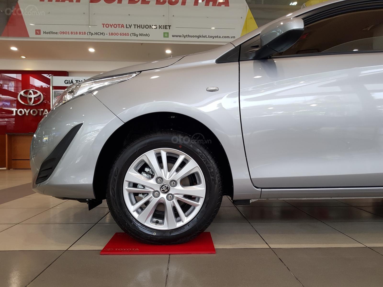 """""""Hot"""" Toyota Vios 1.5E MT khuyến mãi """"Khủng"""" tại Toyota Lý Thường Kiệt, hỗ trợ góp 80%, đủ màu giao ngay (8)"""