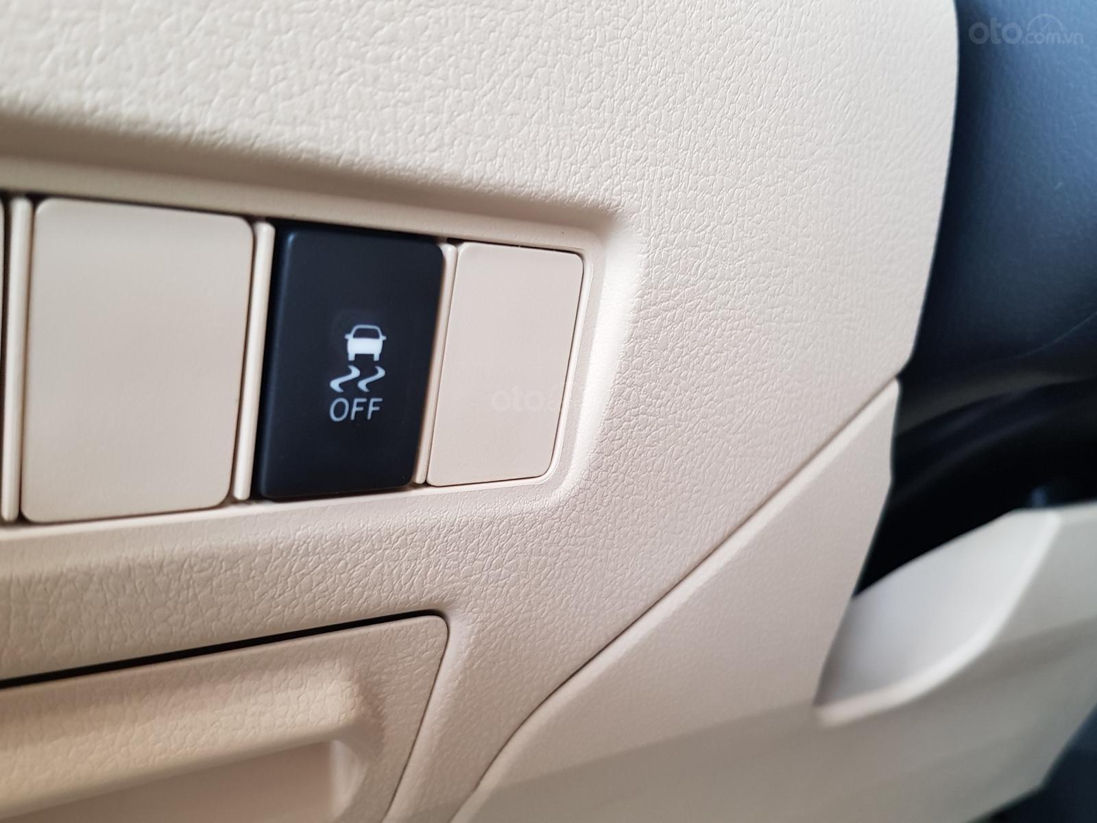 """""""Hot"""" Toyota Vios 1.5E MT khuyến mãi """"Khủng"""" tại Toyota Lý Thường Kiệt, hỗ trợ góp 80%, đủ màu giao ngay (12)"""