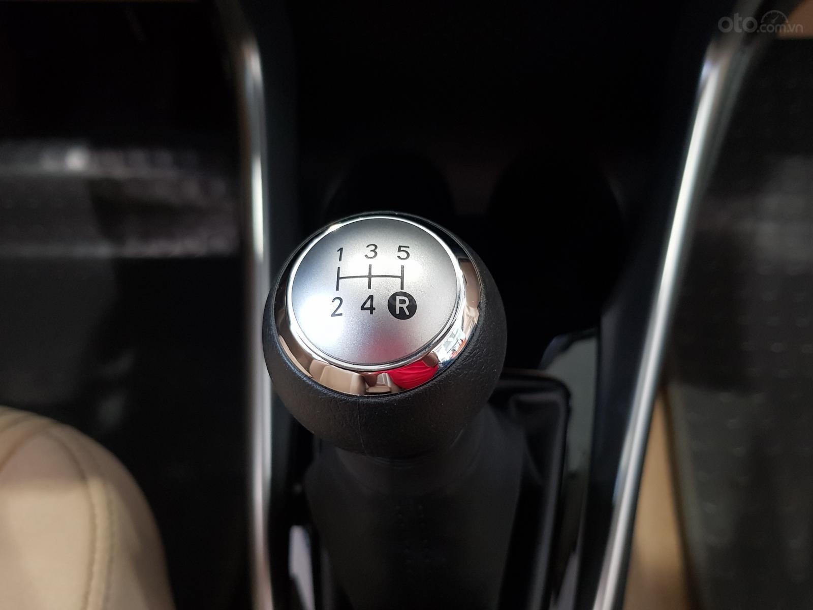 """""""Hot"""" Toyota Vios 1.5E MT khuyến mãi """"Khủng"""" tại Toyota Lý Thường Kiệt, hỗ trợ góp 80%, đủ màu giao ngay (15)"""