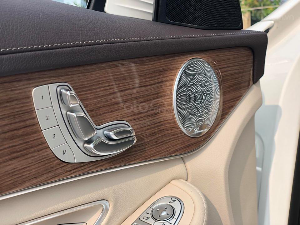 Mercedes C250 Exclusive màu trắng, sản xuất 2017 (9)
