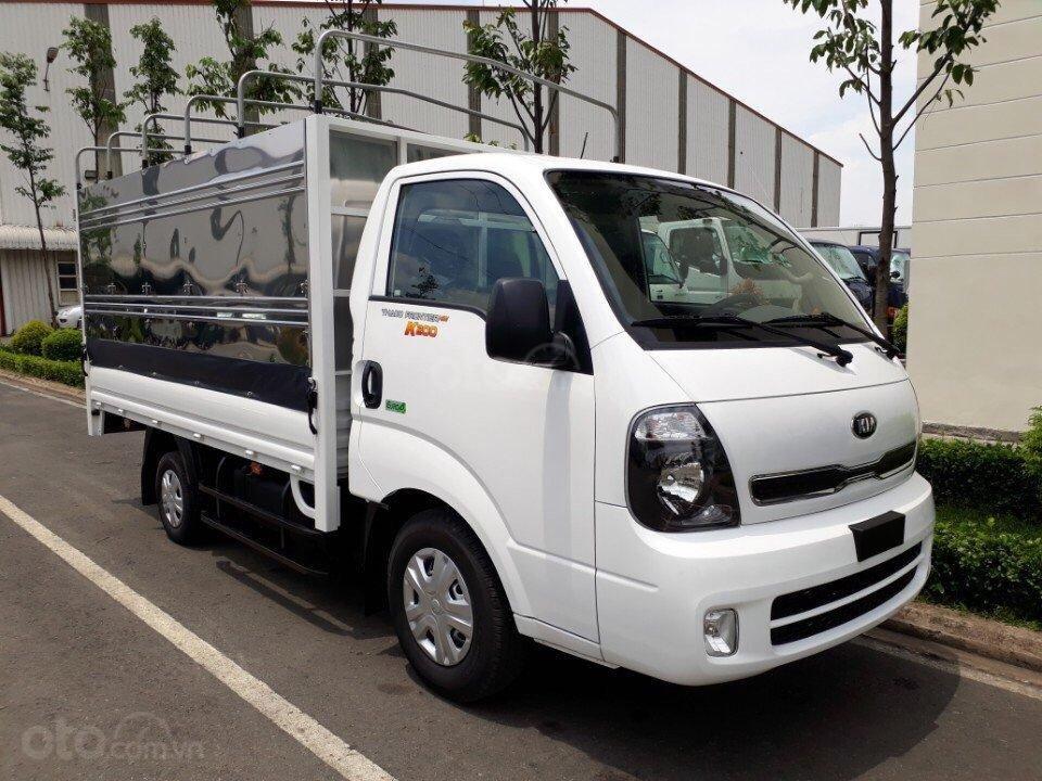 Bán xe tải 2 tấn Thaco Kia K200 đời 2019. Hỗ trợ vay vốn ngân hàng 75% tại Bình Dương - Liên hệ: 0944.812.912-0