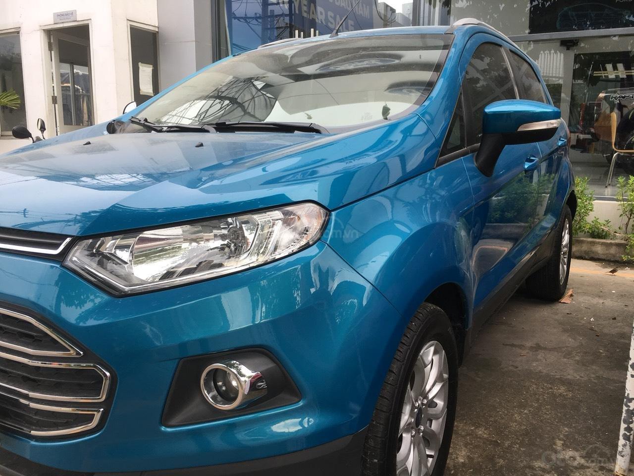 Cần bán xe Ford EcoSport 2016, màu xanh dương, biển số thành phố (3)