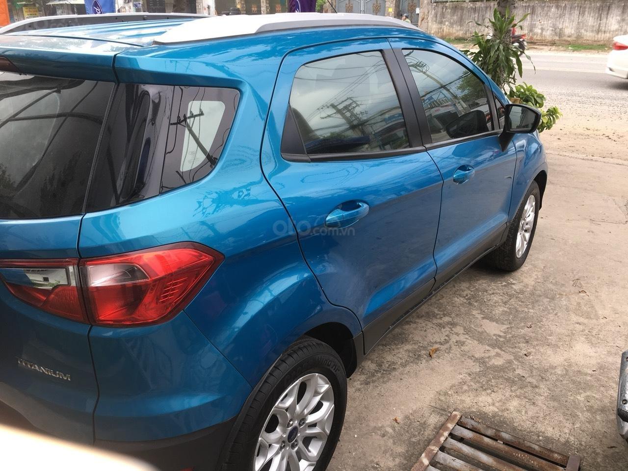 Cần bán xe Ford EcoSport 2016, màu xanh dương, biển số thành phố (4)