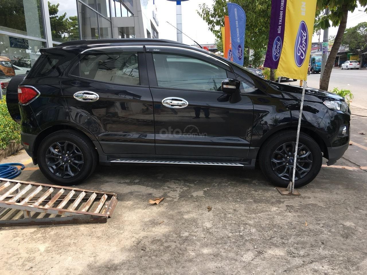 Bán Ford EcoSport 2015 màu đen, biển số thành phố-2