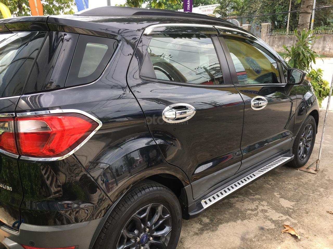 Bán Ford EcoSport 2015 màu đen, biển số thành phố-3