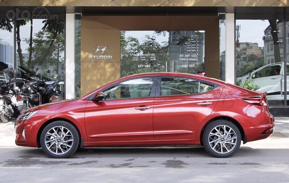 Hyundai Elantra 1.6MT 2019, ưu đãi tháng 7 lêm tới 25 triệu đồng, liên hệ 0931545222-1