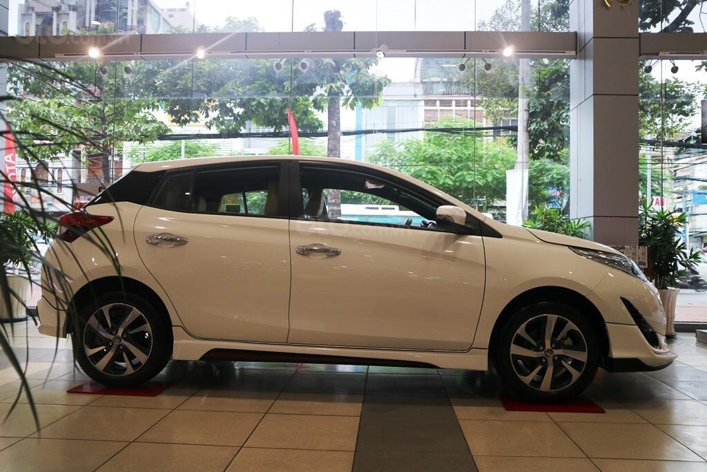 """Toyota Yaris 1.5G khuyến mãi """"Khủng"""" tại Toyota Lý Thường Kiệt, hỗ trợ góp 85%, xe sẵn giao ngay-0"""