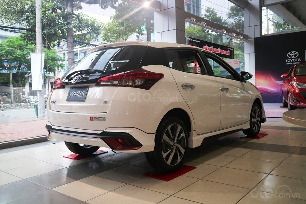 """Toyota Yaris 1.5G khuyến mãi """"Khủng"""" tại Toyota Lý Thường Kiệt, hỗ trợ góp 85%, xe sẵn giao ngay-3"""