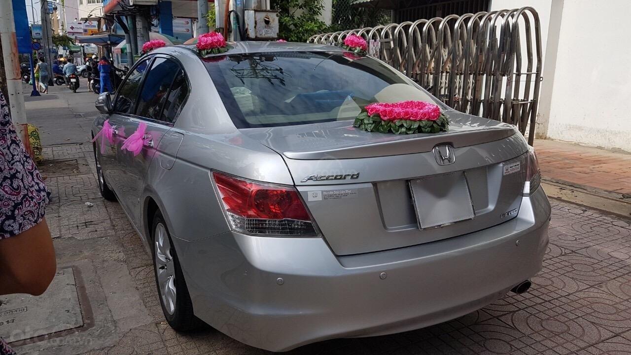 Cần bán gấp Honda Accord Limited 2008, màu bạc, xe nhập-2