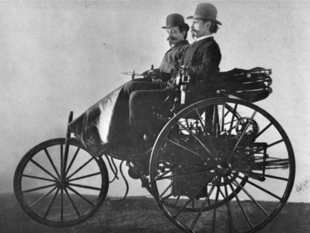 Những chiếc ô tô huyền thoại lừng lẫy nhất mọi thời đại ở Mỹ 1a