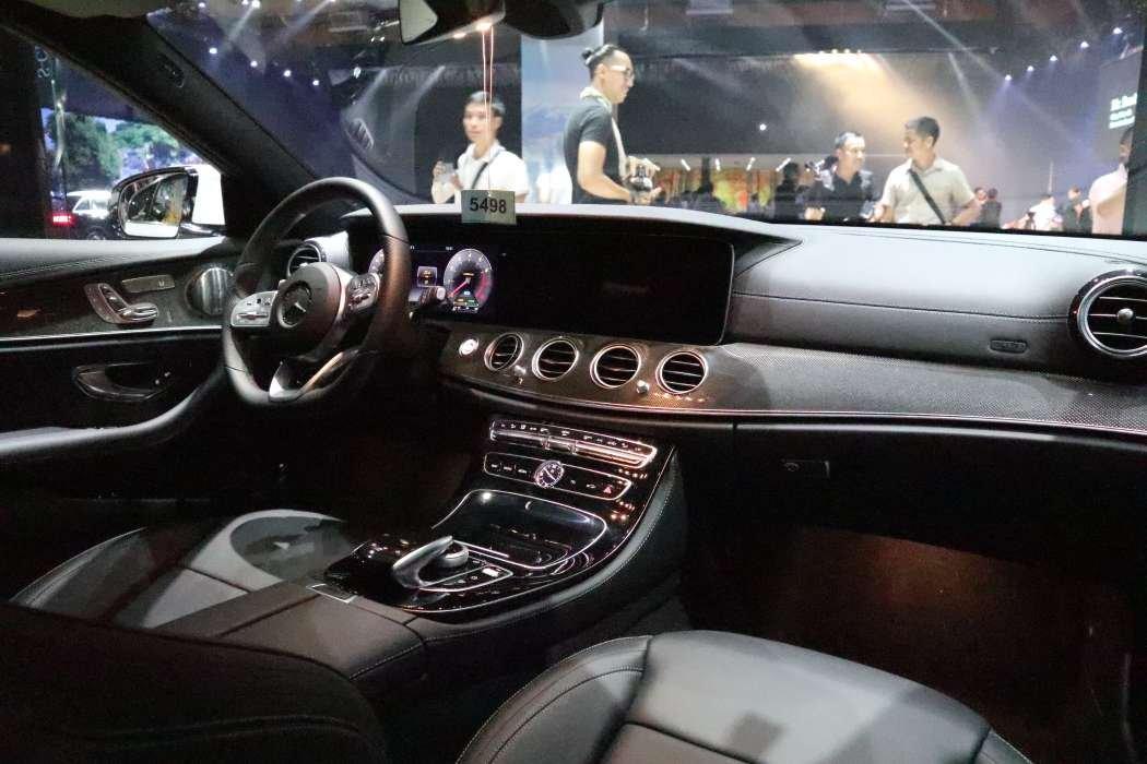 Giá xe Mercedes-Benz E350 AMG 2019 a3